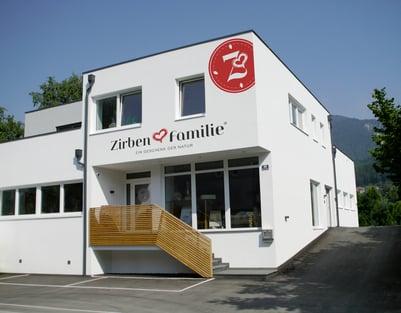 ZirbenFamilie_Firmengebaeude-Wattens
